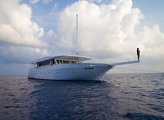Maldives Dhoni Explorer Tour