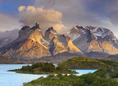 "7-days ""W Trekk\"" discovering Torres del Paine National Park  Tour"
