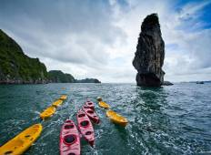 3-Day Cruise Exploring Halong and Lan Ha Bays with Kayaking Tour