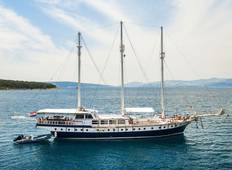 Sail the breathtaking Croatian islands on board the Gideon Tour