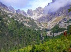 Easy Family Hiking in High Tatras, self guided with transfer from Bratislava Tour