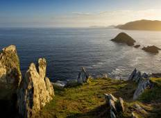 8 Day Stunning South and West Ireland Hiking and Biking Adventure Tour