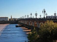 Cruise through the Aquitaine Region from Bordeaux to Royan, along the Gironde Estuary and the Garonne and Dordogne Rivers (8 destinations) Tour