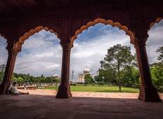 Fabulous Taj Mahal with Historical Rajasthan Tour