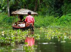 Backwaters and Beaches of Kerala Tour