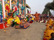 The Crazy Festival of Bhutan : Jambay Lhakhang Drub Tour