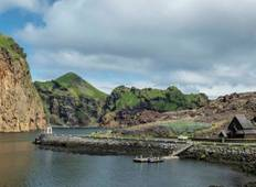 Circumnavigating Iceland - The Land of Elves, Sagas and Volcanoes (Itinerary 1) Tour