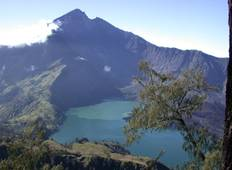Mt Rinjani and Kayaking Komodos Tour