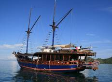 Luxury Sailing Komodo Islands Tour