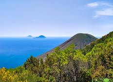 5 days tour to the Aeolian Islands: Sea and relaxation Tour