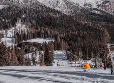Winter Activities in the Dolomites Tour