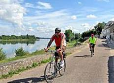 Cycling the Loire Valley - Sightseer Tour Tour