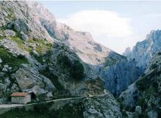 Walking in the Picos de Europa Tour