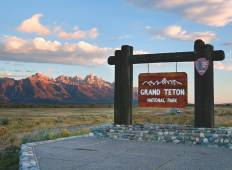 Rockies, Yellowstone & Mt Rushmore Tour