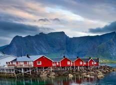 Northern Highlights & the Arctic Circle Tour