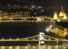 Beautiful blue Danube Tour