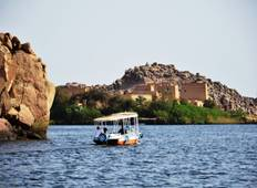 Pyramids & The Nile by Train Tour