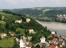 Festive Season on the Blue Danube Discovery Tour