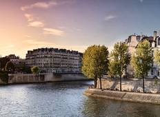 Prestigious Paris & and the Canal Saint-Martin Tour