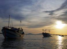 Classic Vietnam & Mekong River Adventure Tour