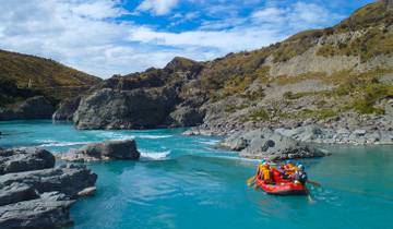 Ultimate Explorer from Auckland (27 days) - top rated by National Geographic Tour