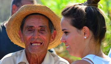Hola Cuba - People to People for US citizens Tour