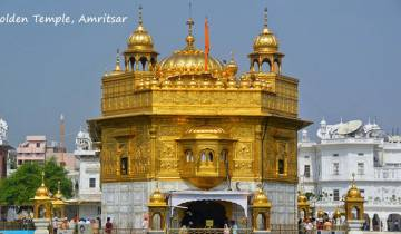 Luxury Golden Triangle Tour with Amritsar Tour