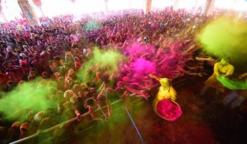 Enjoy Festival of Colour (Holi) & Explore Golden Triangle (18 - 25 March 2019) - Fixed Departure Tour