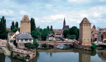Christmas in Alsace: Potter Villages and Revue at the Royal Palace Tour