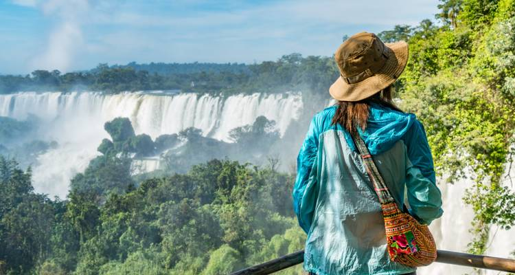 Iguazu Express - One Day Tour - Say Hueque Argentina & Chile Journeys