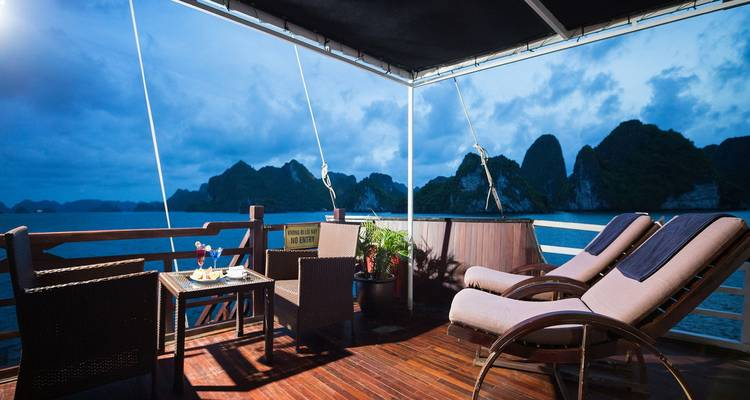 Hanoi - Pelican Cruises Halong Bay 5Days/4Nights - Legend Travel Group