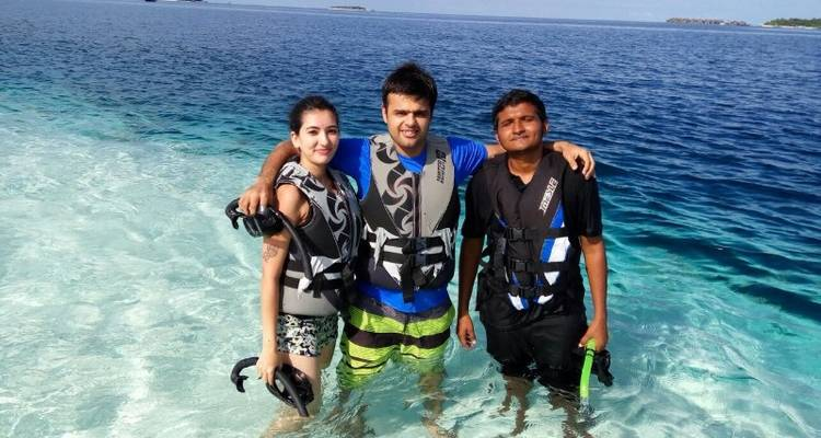 Maldives Voluntour & Island Hopping Adventure - Bamba Experience