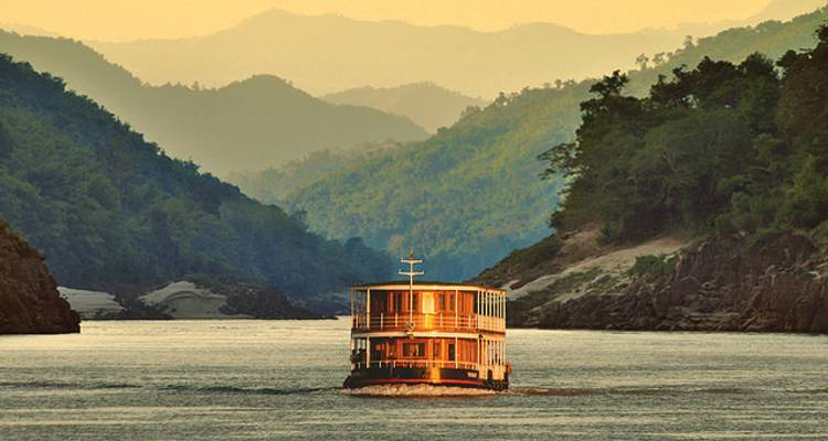 The Mekong: From Laos to China (from Luang Prabang to Jinghong) - Pandaw Cruises