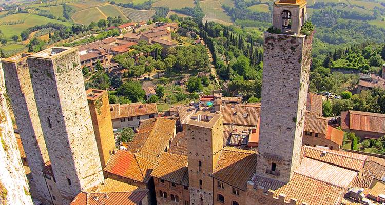 Tuscan & Umbrian Countryside featuring Italy's Charming Hill Towns (Rome to Tuscany) - Collette