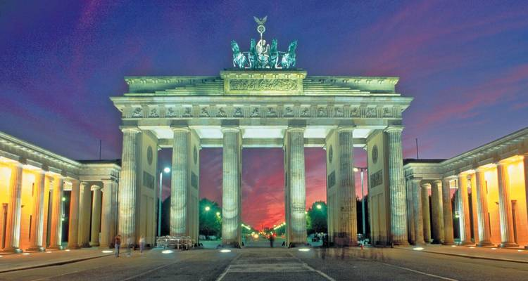 Berlin & The Majestic Rhine 2018 10 Days (from Berlin to Zurich) - Evergreen Tours