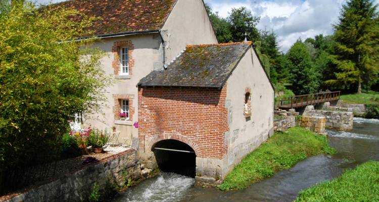Headwater - Rivers and Chateaux of the Loire Walk - Exodus Travels