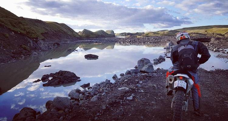 4 Days Iceland Motorcycle Adventure - Ride with Locals