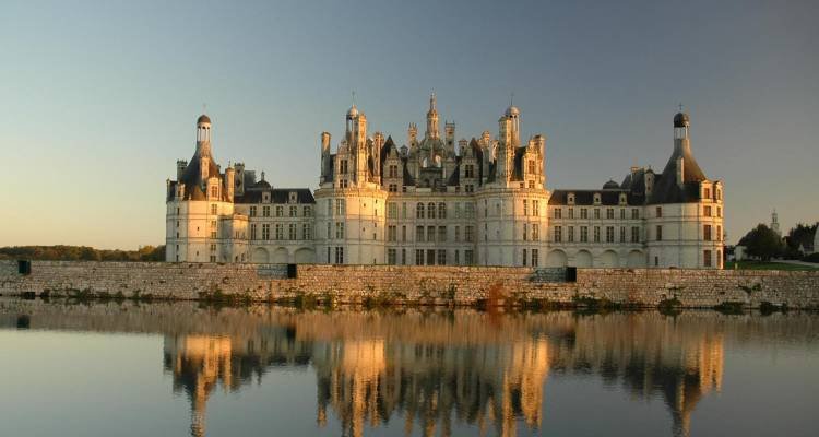 4 Day Tour of Normandy, Mont Saint Michel & Castles of the Loire River Valley - PARISCityVISION