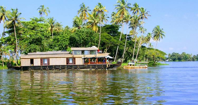 Discover Kerala and Sri Lanka - G Adventures