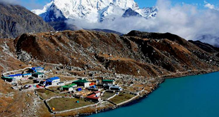 Everest Base Camp - Cho La Pass & Gokyo Lake Trekking - Outfitter Nepal Treks and Expeditions