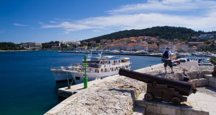 Croatia Party Cruise up to 35 - from Split - Nature Trips