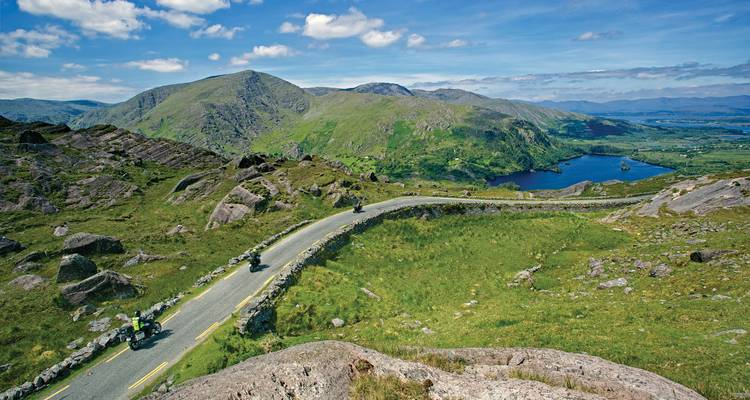 2018 Ireland's Wild Atlantic Way 13 days/12 night Land Tour - CIE Tours