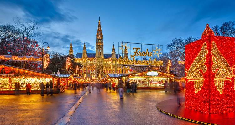 Christmas Markets on the Danube 2019 Start Budapest, End Vilshofen - AmaWaterways
