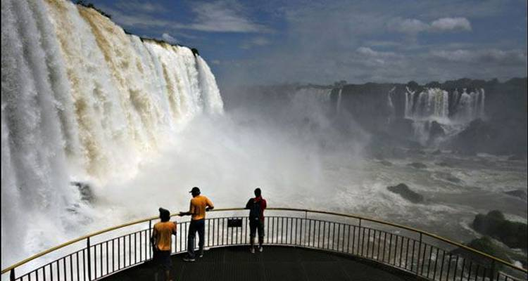 Buenos Aires to Iguazu by Bus - Say Hueque Argentina & Chile Journeys