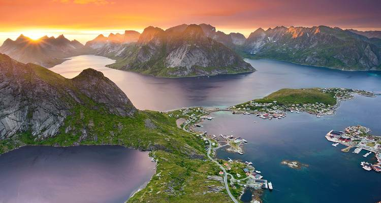 Ultimate Baltics & Arctic Circle 26 Days (from Stockholm to Oslo) - Scenic Luxury Cruises & Tours