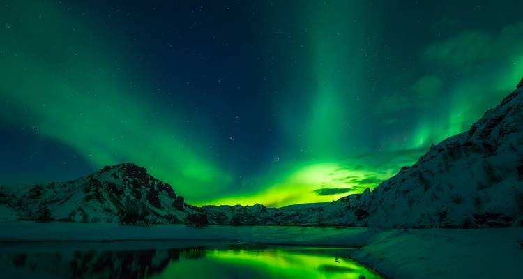 Yukon Northern Lights Tour - Discover Canada Tours