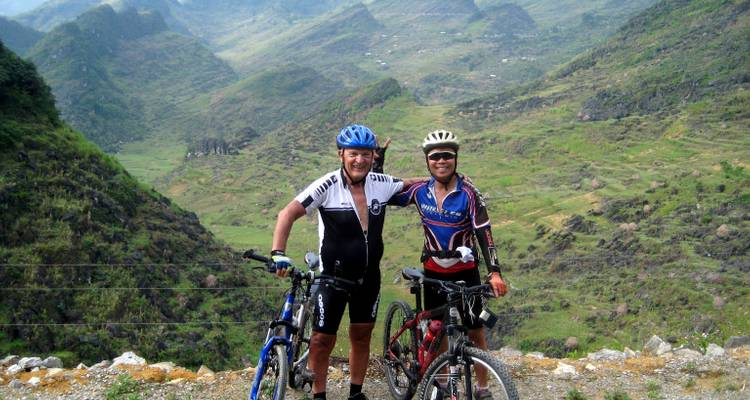 Mountain Biking Madness - Indotrek