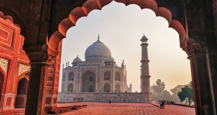 India's Golden Triangle & the Sacred Ganges (New Delhi to Kolkata, 2019) - Uniworld Boutique River Cruise Collection