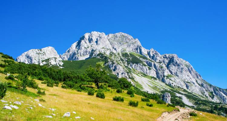 Climb the highest peak in Bosnia - EST Adventure