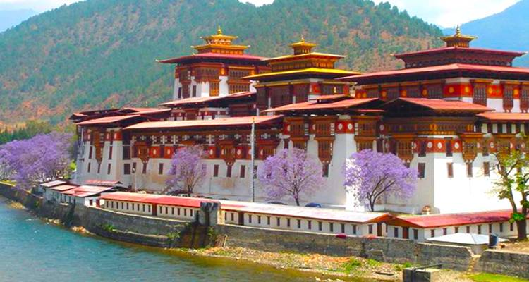 Spirit of Bhutan - 8 Days - Adventure Himalayan Travels